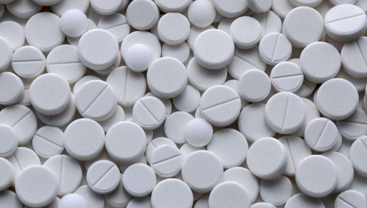 Motivul pentru care nu trebuie să îi dai copilului NICIODATĂ aspirină