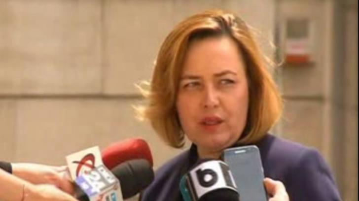 """Carmen Dan, către jurnaliști: """"Sunt îngrijorată. Să nu vi se facă rău"""""""