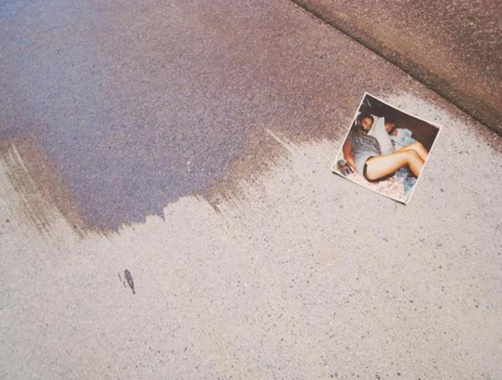 Povestea înfiorătoare din spatele acestei fotografii. Misterul, nedezlegat de 30 de ani!