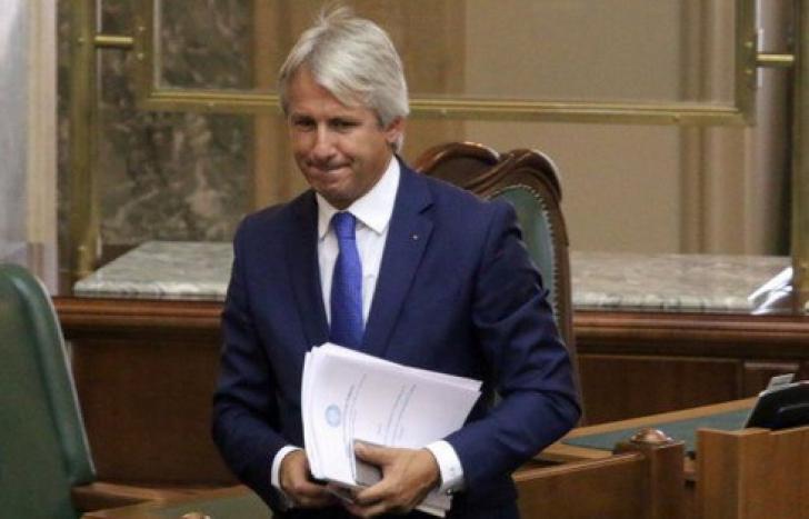 """Informații """"bombă"""" din ședința PSD de la mare: Teodorovici candidează la Cotroceni. Ce spune Dăncilă"""
