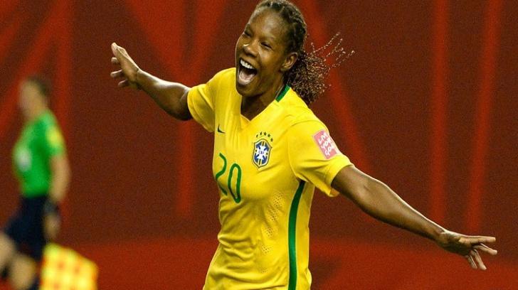 CM Fotbal Feminin: jucătoarea de 41 de ani care i-a lăsat pe toţi cu gura căscată