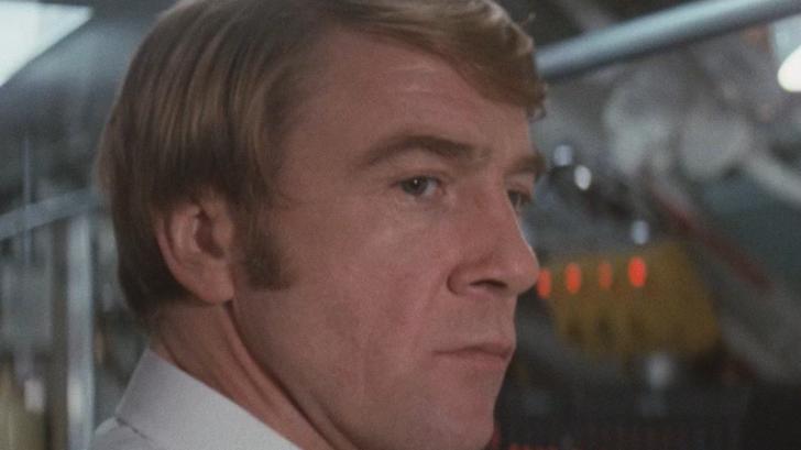"""Un star din seria """"James Bond"""" a murit la 81 de ani"""