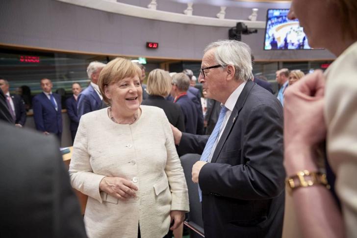 Angela Merkel și Jean Claude Juncker