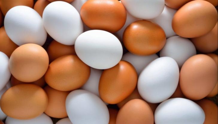 Cum verifici dacă un ou este proaspăt. E atât de simplu!
