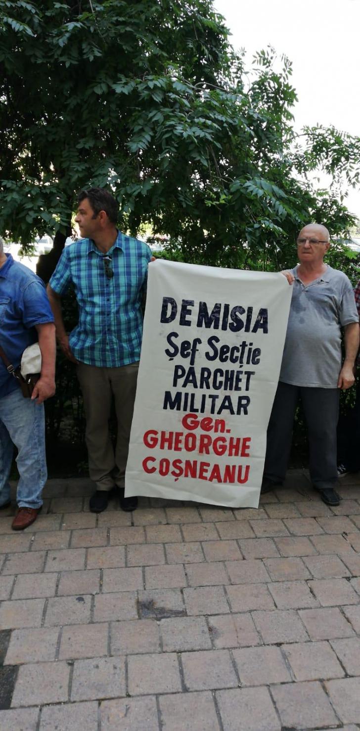 <p>Protest la sediul Parchetului General</p>