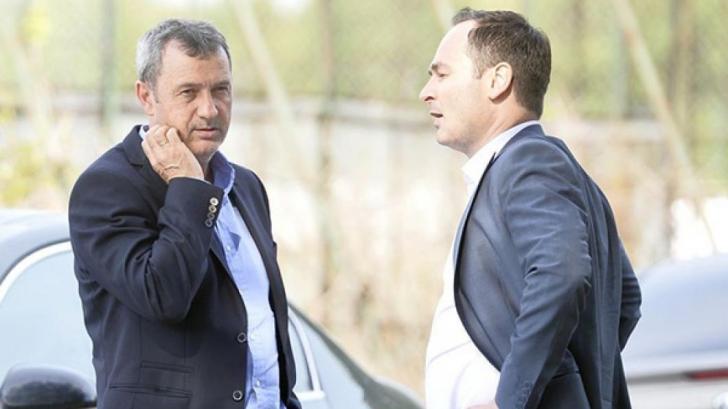 Haos la Dinamo! Fanii au mers acasă la fostul antrenor. Ce-a urmat!