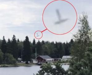 Avion prabusit Suedia
