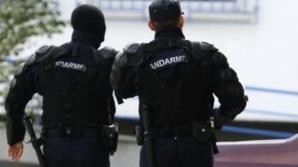 Un bărbat a ajuns în comă profundă la spital, după ce a fost imobilizat de jandarmi