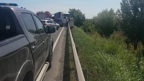 Grav accident în lanț, în Satu Mare: 5 victime, 3 mașini făcute praf