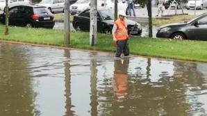 Cod portocaliu de furtună, în Capitală. Cum arată orașul după ploaia torențială
