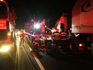 Accident cumplit, cu 3 TIR-uri, pe DN 1: o victimă / Foto: realitateadesibiu.net