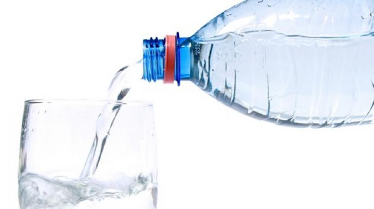 La ce oră să bei apă ca să ajungi la greutatea ideală
