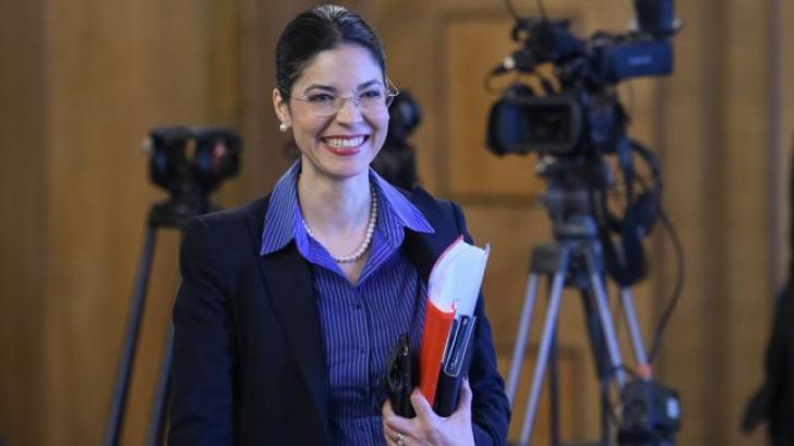Denise Rifai: Ana Birchall nu trebuia sa se amestece in ancheta si sa telefoneze familiei Alexandrei