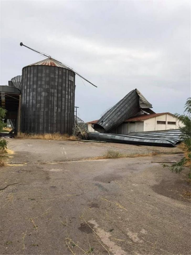 <p>O furtună puternică a lovit regiunea Halkidiki</p>
