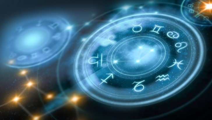 Horoscop weekend 27-28 iulie. Zile grele pentru zodii. Planurile sunt date peste cap