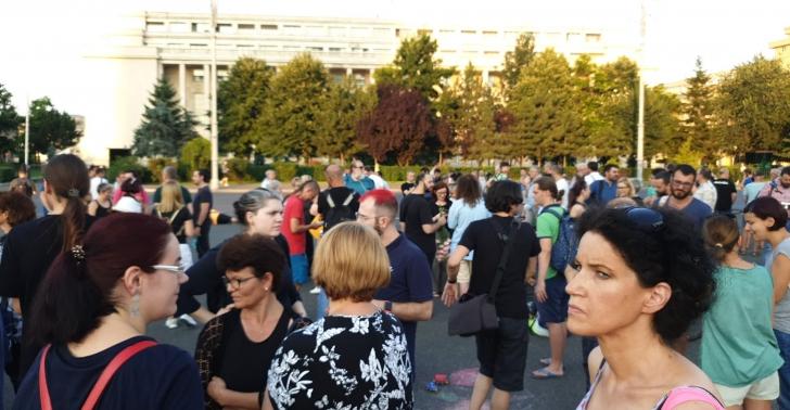 Protest pentru Alexandra în Bucureşti şi în ţară, mii de oamenii pe străzi (VIDEO+GALERIE FOTO)