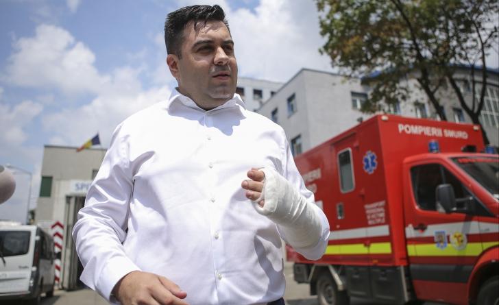 Ministrul Transporturilor, prima reacție după accidentul rutier în care a fost implicat / Foto: Inquam Photos / George Călin