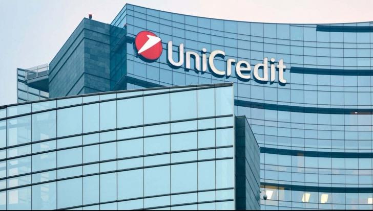 Unicredit va face concedieri
