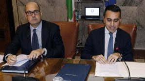 Liderul PD Nicola Zingaretti, alături de președintele Mișcării 5 Stele, Luigi di Maio