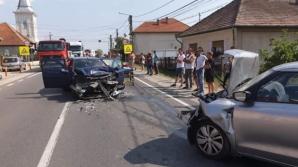 Accident înfiorător, în Săbișa. Un mort și doi răniți, după un impact nimicitor