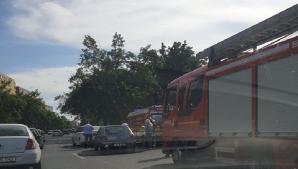 Accident pe un bulevard intens circulat din Timișoara: 5 victime