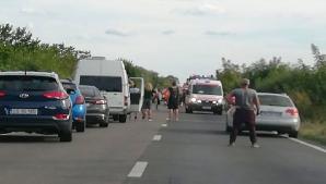 Ciocnire în lanț, în Timiș. Un biciclist a fost rănit