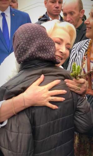 Cu ce gânduri a plecat Dăncilă de la Putna: Sper că ura va fi însoțită de solidaritate