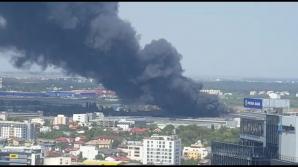 Incendiu puternic în București, la etajul şapte al unui ...  |Incendiu Bucuresti