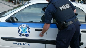 Sene violente, la Samothraki. Turist român, lovit de un ofițer grec