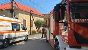 Muncitor electrocutat, rămas agățat de stâlp, la Timișoara. Colegul sau, prăbușit de la înălțime