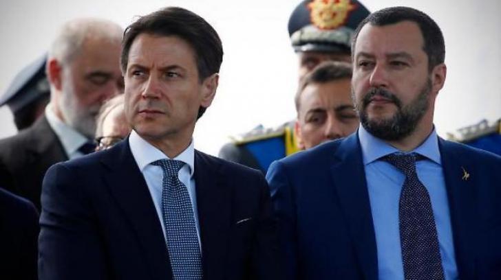 PremierulGiuseppe Conte (stânga), alături de Matteo Salvini