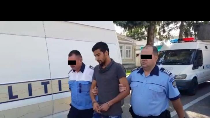 VIDEO Bărbatul acuzat că a omorât o fetiță de 2 ani a primit 30 de zile de arest