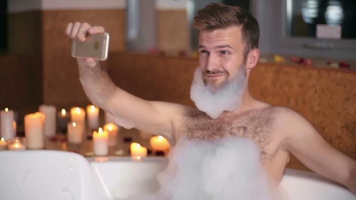 Ce a păţit bărbatul care susține că nu a mai făcut baie în ultimii 15 ani