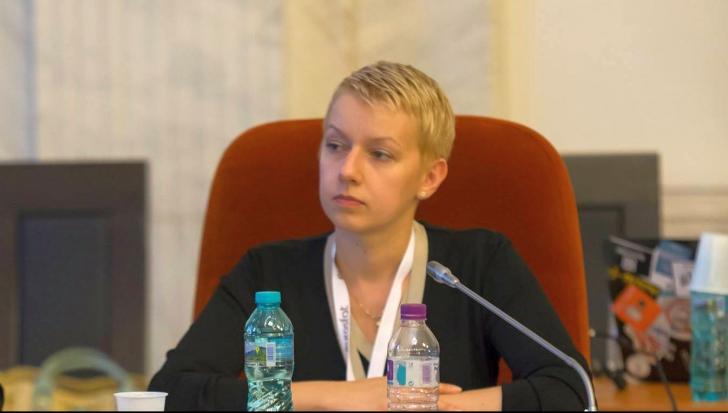 """Dana Gîrbovan, pentru realitatea.net: """"Susținerea pentru OUG13, un fake news"""""""