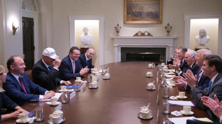 Tăriceanu l-a ironizat pe Iohannis: Nici coreeanul acela din Coreea de Nord nu se bucura la o șapcă