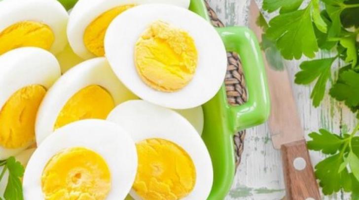 Adevărul despre mâncărurile interzise. Dr. Mencinicopschi: Se pot mânca şi 5 ouă pe zi