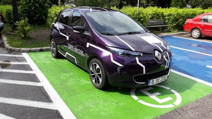Ai mașină electrică, nu plătești taxă de parcare