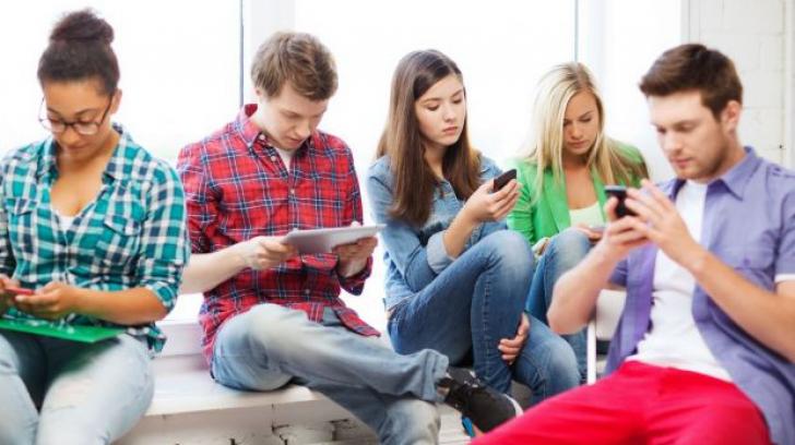 Ce poate afla un specialist doar prin studierea ecranului telefonului tău