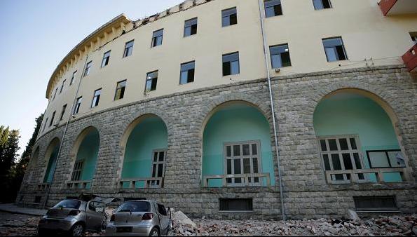 Cutremur mare în Albania. Oamenii au alergat panicați pe străzi VIDEO