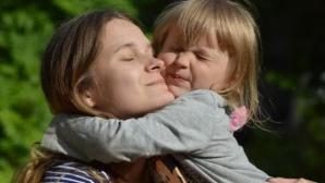 Povestea tulburătoare a fetiței care a dispărut, acum 20 de ani, din tren. Abia acum au găsit-o