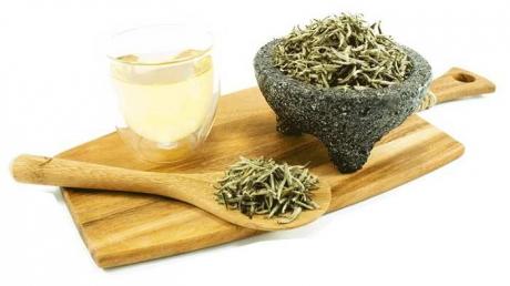Ceaiul alb beneficii sanatate: Efectele sunt, pur si simplu, incredibile!