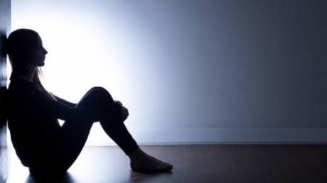 Depresia: boala secolului XXI. 9 simptome care te pun pe jar