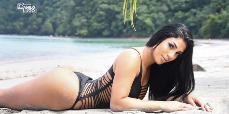 Cine era modelul faimos mitraliat alături de românul din Costa Rica