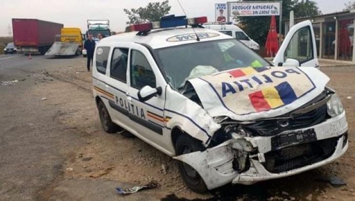Polițiștii, accident de mașină
