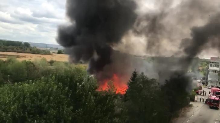 Incendiu puternic în Pitești