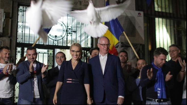 Ramona-Ioana Bruynseels, depunere candidatură la alegerile prezidențiale la BEC Foto: INQUAM