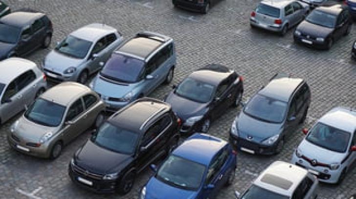 Informații despre noul regulament de parcare în București