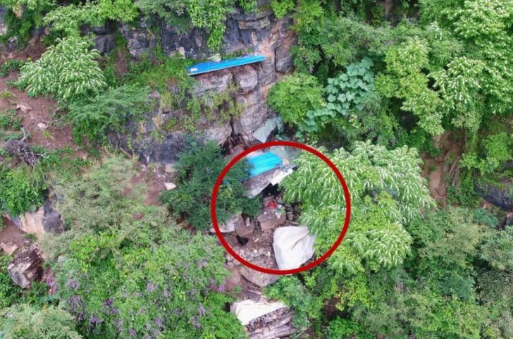 Fugarul s-a ascuns timp de 17 ani într-o grotă din munți
