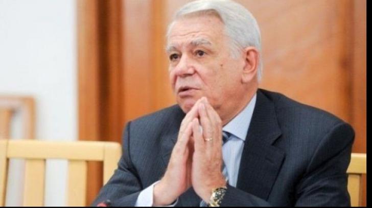 Șefia lui Meleșcanu la Senat, o nucă prea tare pentru CCR. Amână decizia după prezidențiale