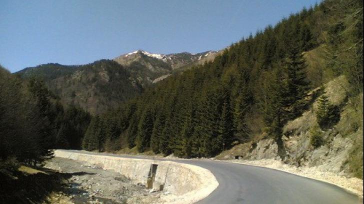 Drumul nimănui: Uricani - Băile Herculane